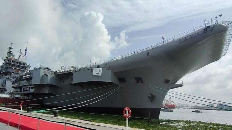 kochi shipyard bomb threatening