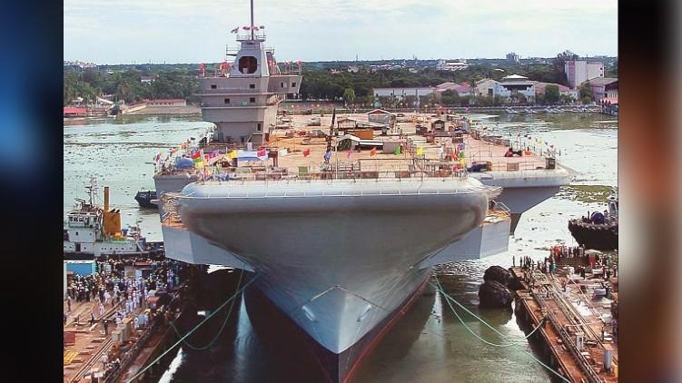 cochin shipyard bomb threat