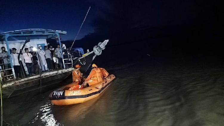 brahmaputra boat accident death