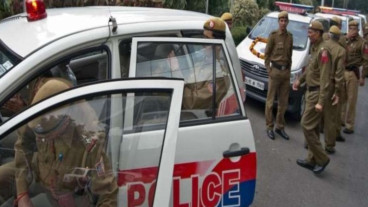 police Shot Uttar Pradesh