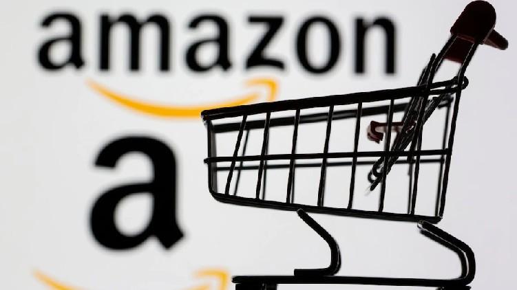 Amazon Shuts Online Stores