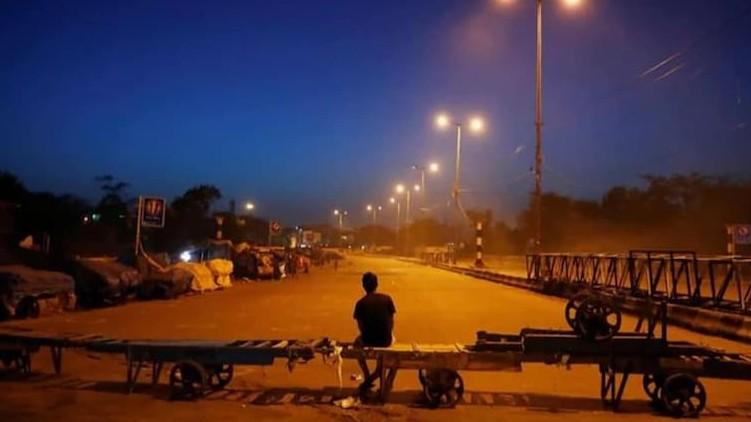 Gujarat extends night curfew
