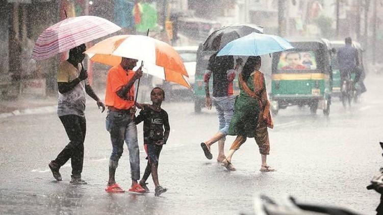 heavy rain maharashtra died