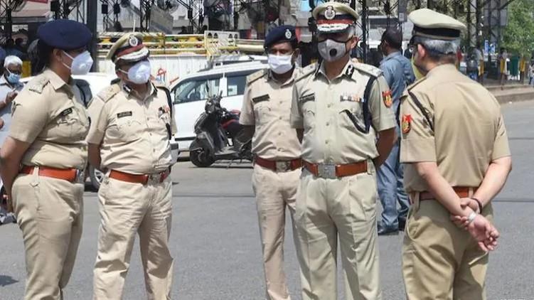 Delhi Police foil terror plan
