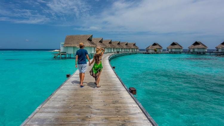 travel maldives