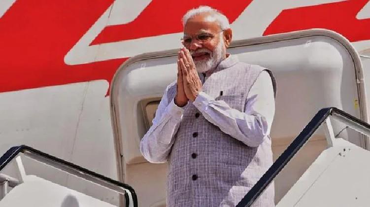 PM Modi leaves for US