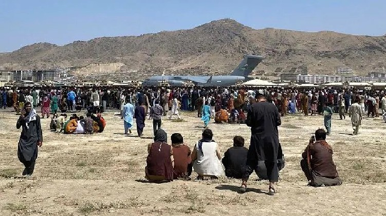 Afghans stare at hunger crisis