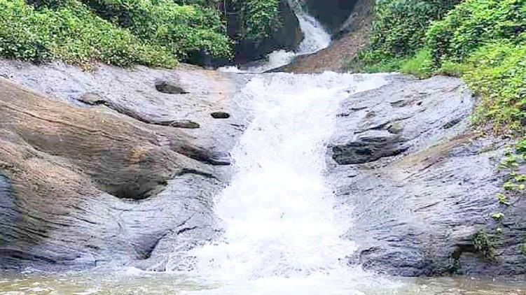 Shoolam Waterfalls Muvattuppuzha