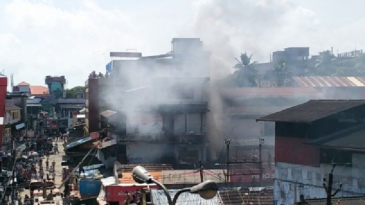 Fire broke out Mittayitheruv