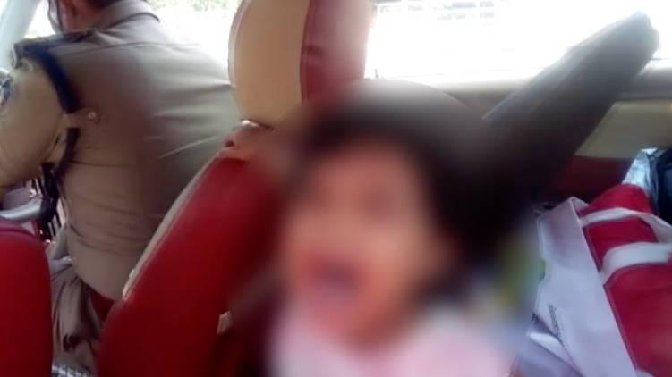 police locks 3 year old