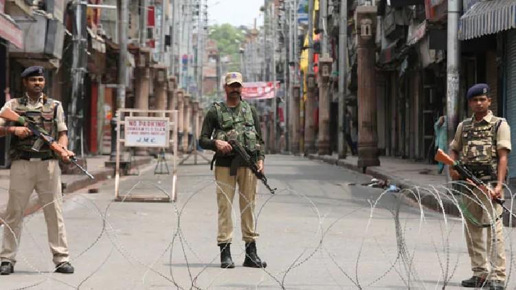 terrorist attack srinagar