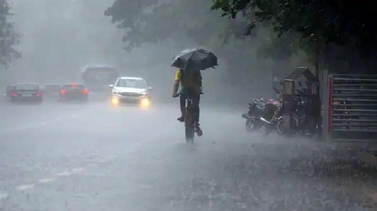 chances of heavy rain kerala