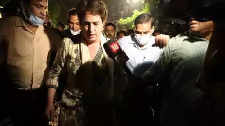 priyanka gandhi arrested uttar