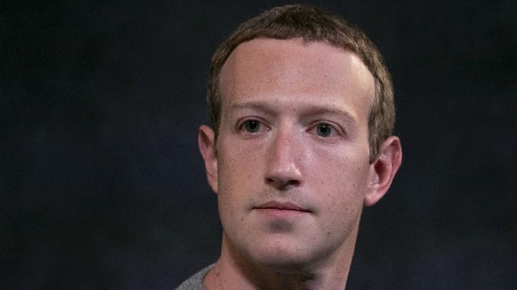 Zuckerberg Billion Dollar Facebook