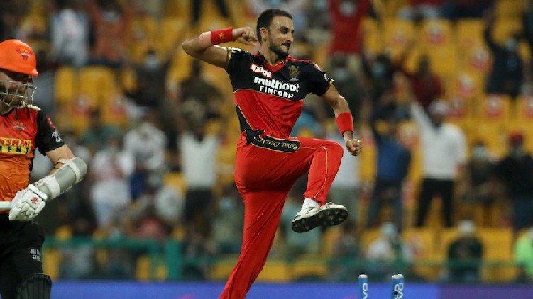wickets bowler harshal patel