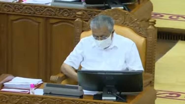 pinarayi mocks opposition